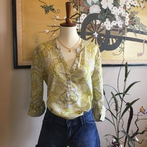Old Navy Light Blouse